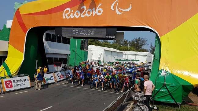 Largada do ciclismo de estrada