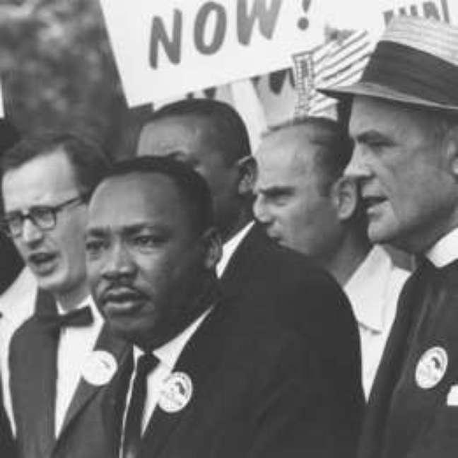 Marthin Luther King Jr. marcha por direitos civis para negros em Washington, nos EUA