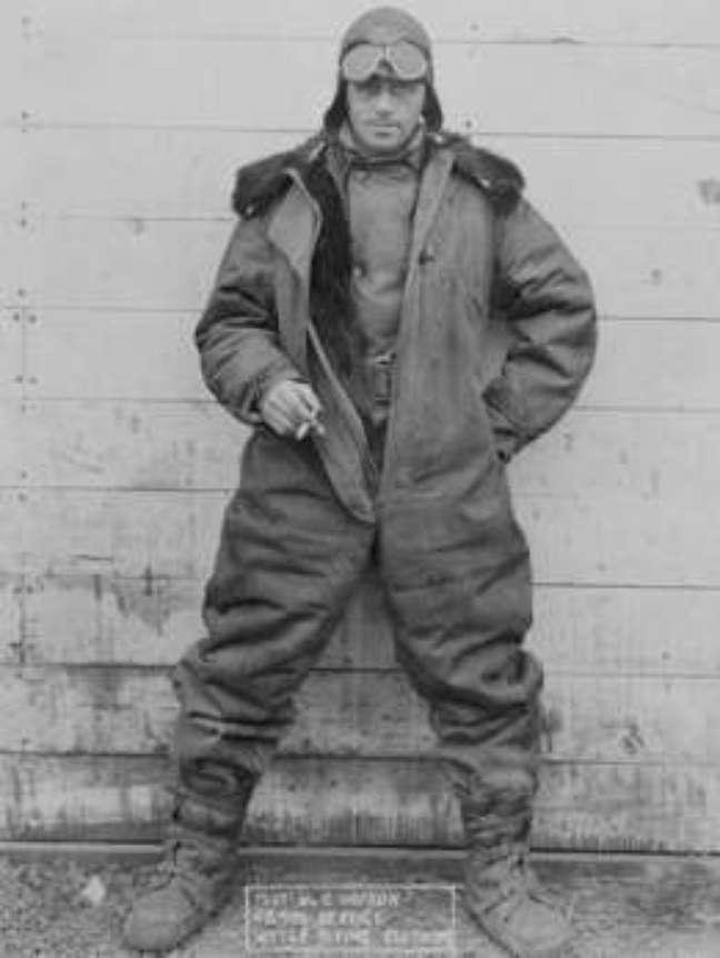 Retrato do piloto C. Hopson, do serviço postal americano, feito em 1926