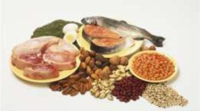 Carne, ovos e peixe são alimentos ricos em proteína