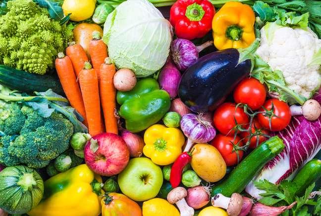Ciência aponta riscos e benefícios da dieta vegana