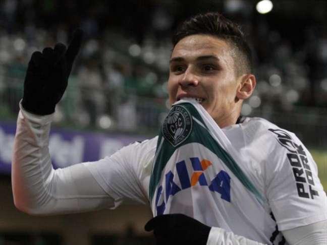 Raphael Veiga é o terceiro reforço do Palmeiras para a próxima temporada (Divulgação/Coritiba)
