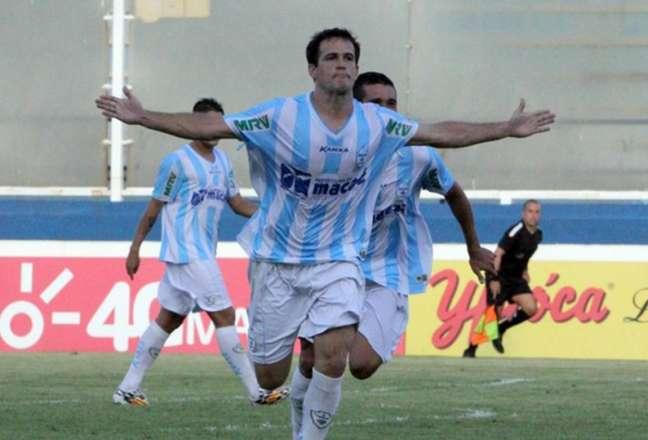 Pipico atuando pelo Macaé no Campeonato Carioca (Foto: Tiago Ferreira / Macaé Esporte)