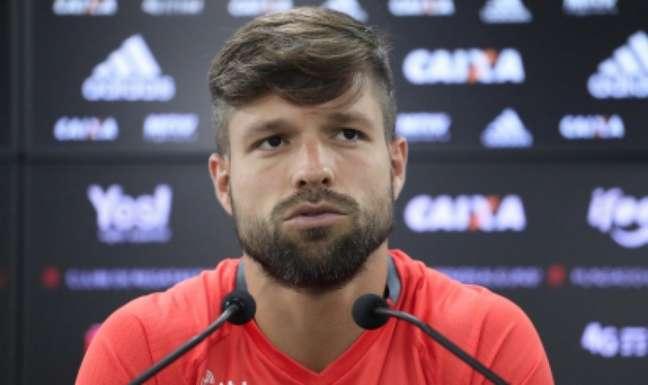 Diego foi multado por ter optado por não sobrar o bafômetro na Lei Seca(Foto: Gilvan de Souza/Flamengo)