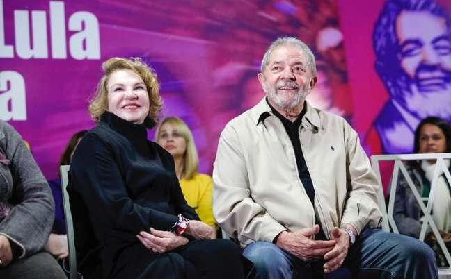 Lula e Marisa em um evento em Santo André