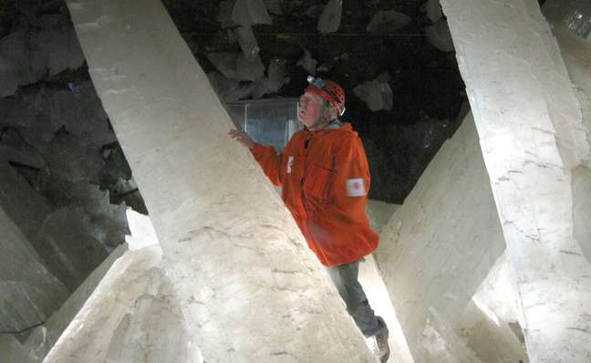 As cavernas foram descobertas cem anos atrás por mineiros