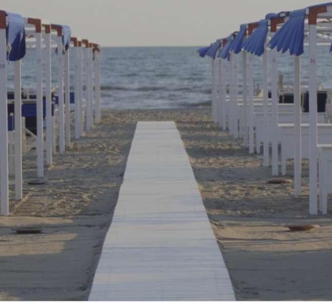 Hotel Augustus tem praia exclusiva em Forte dei Marmi na Itália