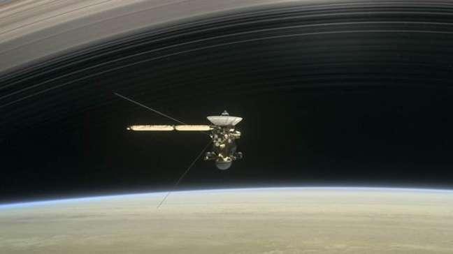 A sonda está quase sem combustível e será destruída antes que o controle da missão perca o controle sobre ela