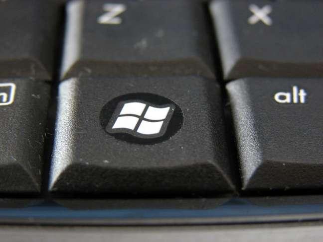 A tecla Windows fica entre as teclas Ctrl e Alt
