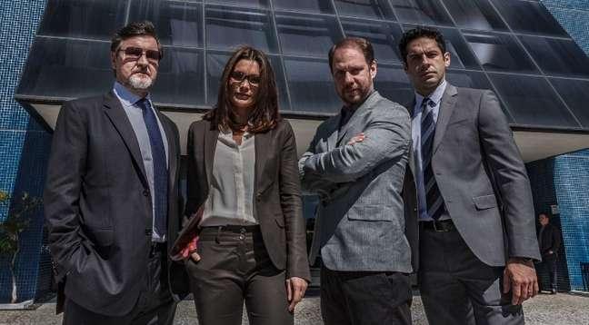 Os atores Antônio Calloni, Flávia Alessandra, Bruce Gomlevsky e João Baldasserini: elenco global para filme com jeito de novelão.