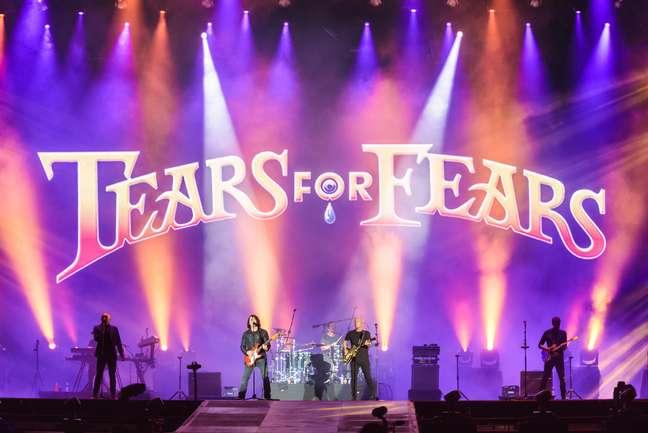 Com clássicos dos anos 80, Tears For Fears embalou o público