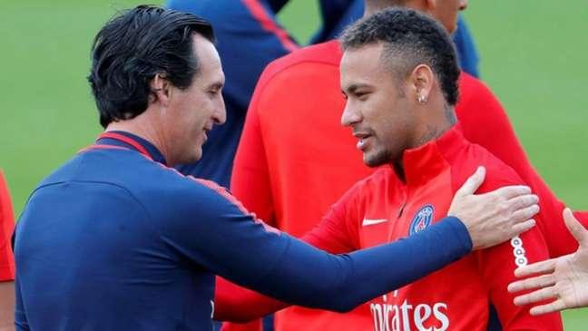 Neymar já havia descartado problemas com o treinador (Foto: AFP)
