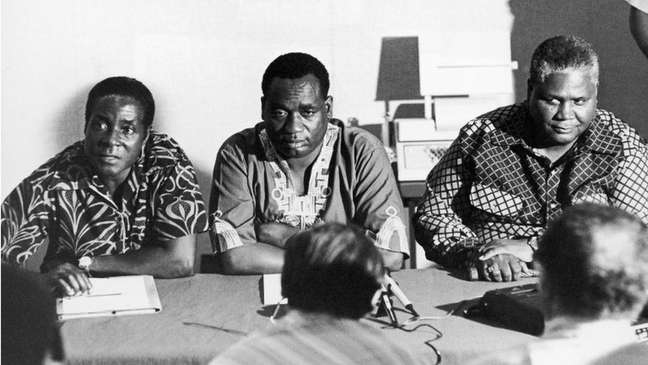 Robert Mugabe, em 1960, foi fortemente influenciado pelos ideais pan-africanos