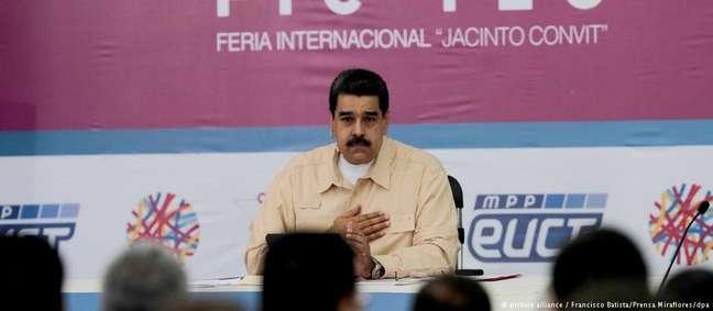 """Maduro durante anúncio de criação da """"petro"""", a nova moeda virtual da Venezuela"""