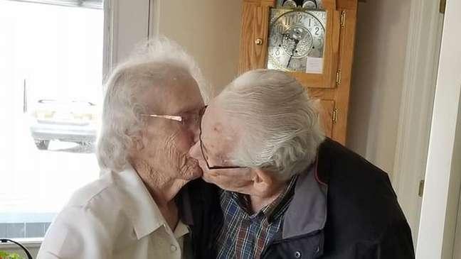 Audrey e Herbert disseram adeus pela primeira vez em 73 anos | Foto: Dianne Phillips/Facebook