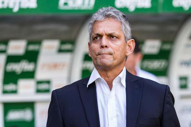 Rueda ainda não informou se segue no Flamengo ou se acerta com a seleção chilena (Foto: Gil Guzzo/Ofotografico)