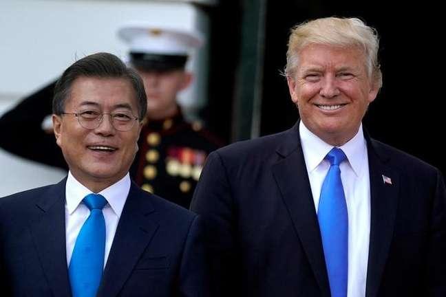 Presidente dos Estados Unidos, Donald Trump, e presidente da Coreia do Sul, Moon Jae-in, na Casa Branca, em Washington 29/06/2017 REUTERS/Carlos Barria