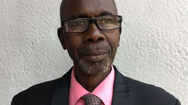 Lamin Ceesay foi forçado a desistir de drogas anti-retrovirais para se submeter ao tratamento que o presidente apresentava como milagroso   Foto: Colin Freeman