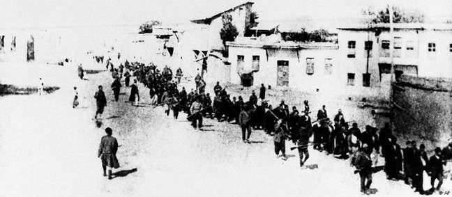 Suspeitos de conluio com Moscou, armênios foram perseguidos e assassinados pelo Império Otomano
