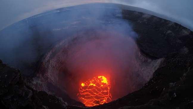 Vulcão Kilauea entrou em erupção no Havaí