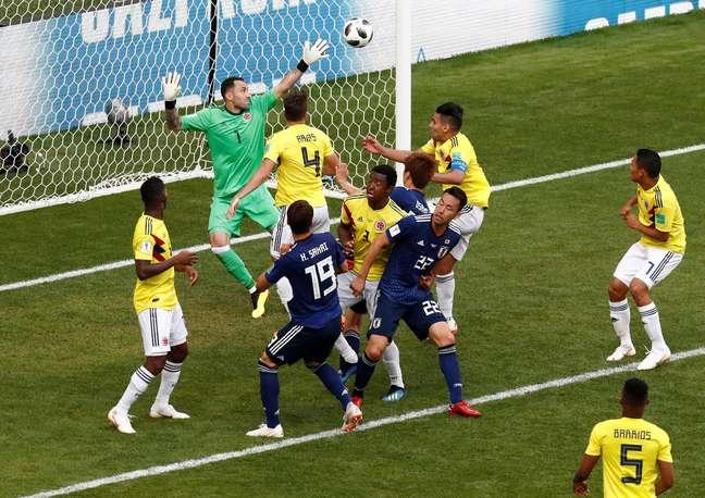 Japão faz o segundo com Osako contra a Colômbia