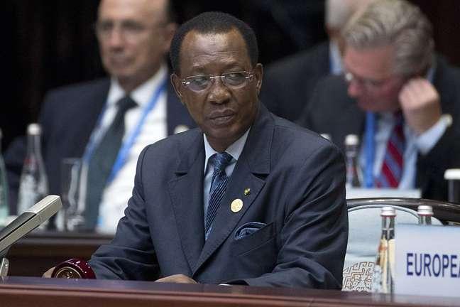 Presidente do Chade, Idriss Déby, é visto como negligente na erradicação do verme-da-guiné