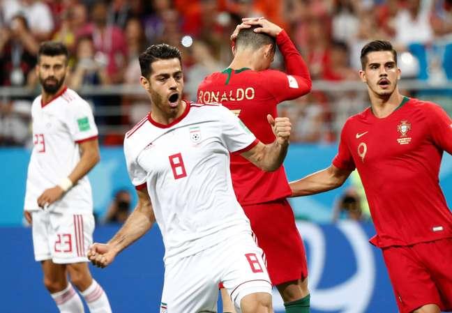 Cristiano Ronaldo lamenta pênalti perdido