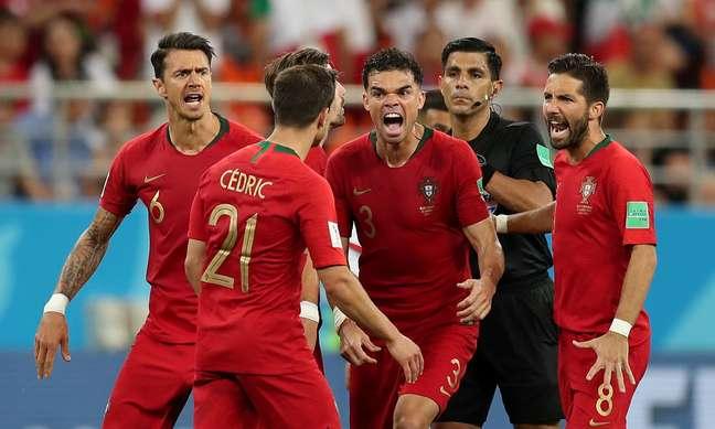 Portugueses comemoram classificação