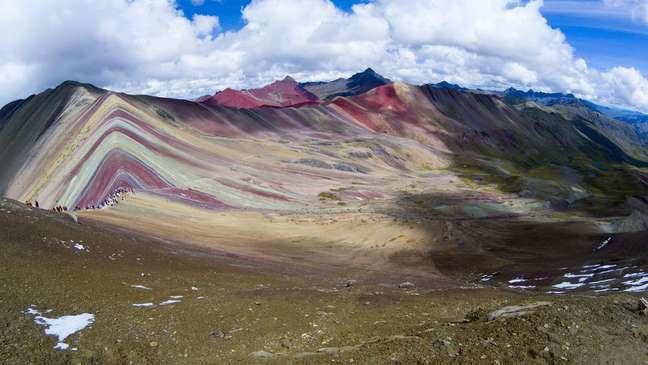 Há indicativos de que Vinicunca foi descoberta porque mudanças climáticas teriam derretido a neve que a cobria