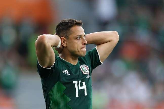 Chicharito Hernández durante a derrota da seleção mexicana para a Suécia