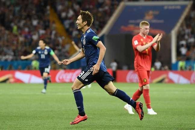 Haraguchi comemora o primeiro gol do Japão
