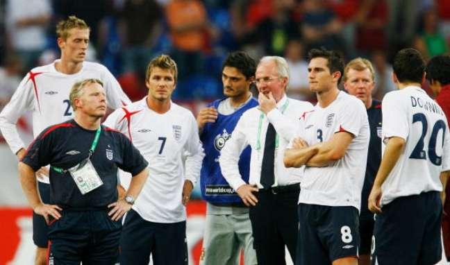 Ingleses lamentam eliminação nas quartas para Portugal em 2006