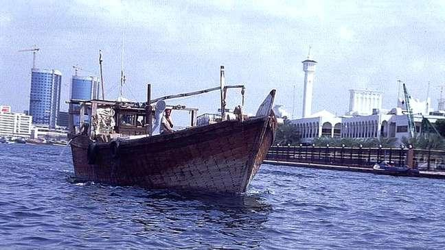 Embarcações dhows são usadas para enviar heroína da costa do Paquistão até Moçambique