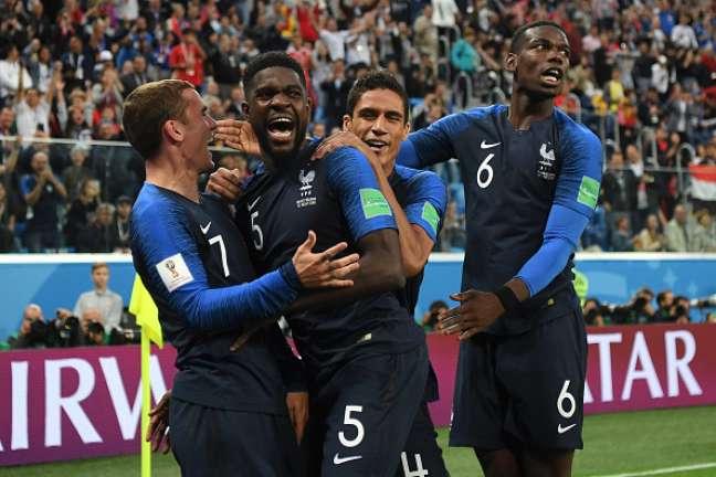Franceses buscam bicampeonato mundial
