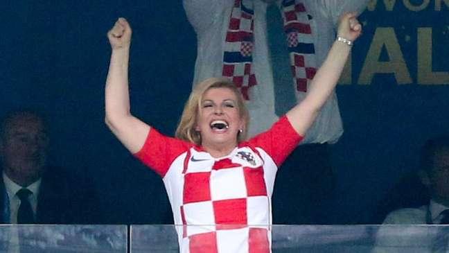 As imagens de Kolinda Grabar-Kitarović comemorando de forma efusiva na Copa correram o mundo
