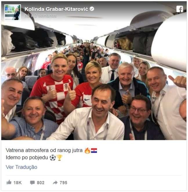 Gosto da presidente pelo futebol combina com seu projeto de dominar áreas 'tipicamente masculinas', avalia cientista político
