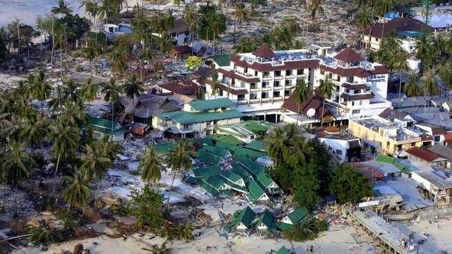 O tsunami de 2004, que matou 230 mil pessoas em 14 países no Oceano Índico, aconteceu na região do Círculo de Fogo