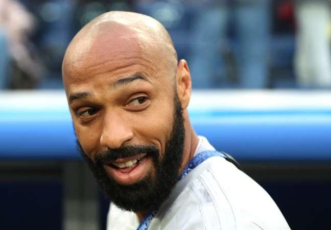 Henry tem 40 anos e nunca atuou como treinador