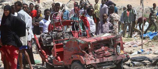 Explosão em Mogadíscio foi reivindicada pelos terroristas da milícia jihadista Al Shabaab