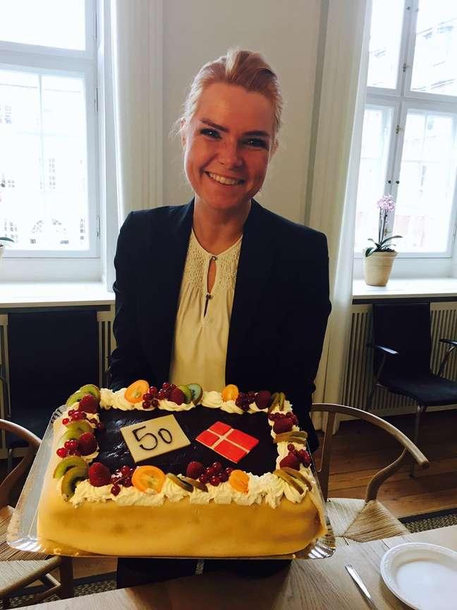 A ministra da Imigração, Inger Støjberg, chegou comemorar, nas redes sociais, a aprovação de 50 leis anti-imigração na Dinamarca