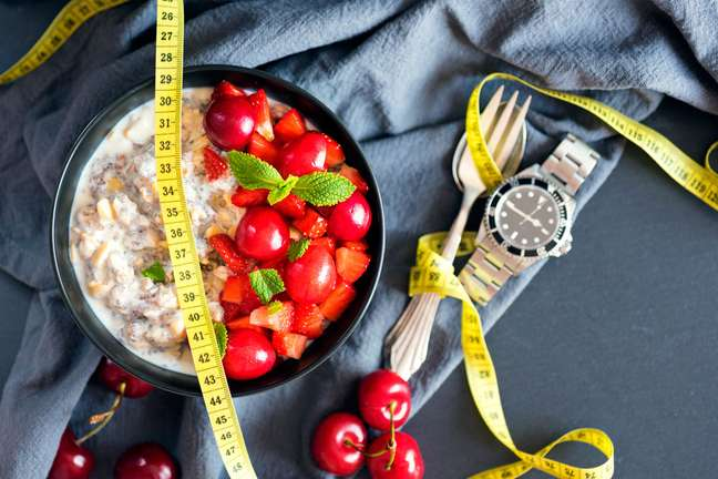 Low Carb: entenda melhor sobre a dieta que promete emagrecimento rápido