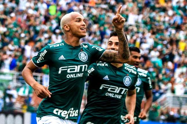 Palmeiras lidera o Campeonato Brasileiro