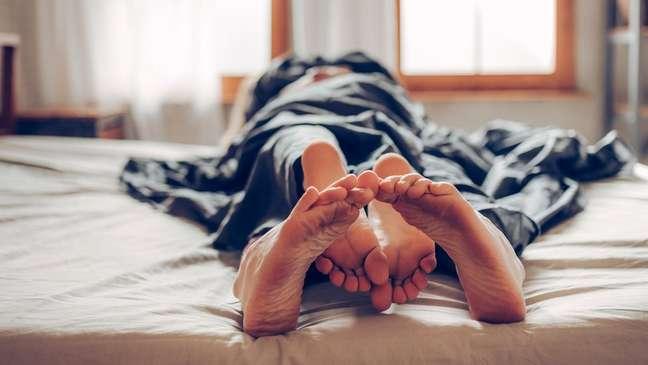 O objetivo da camisinha que se autolubrifica é garantir, além de conforto, mais segurança, já que a falta de lubrificação pode fazer com que o preservativo saia do lugar