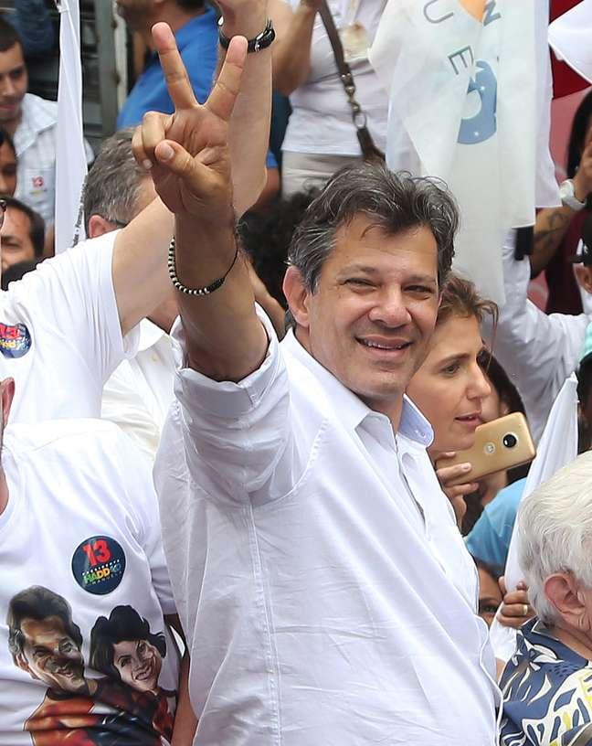 Fernando Haddad foi o nome escolhido para representar o PT no ato contra Bolsonaro 27/10/2018 REUTERS/Amanda Perobelli