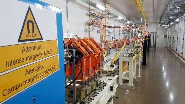 Primeira sala onde os elétrons são acelerados antes de serem guiados para o acelerador principal do Sirius