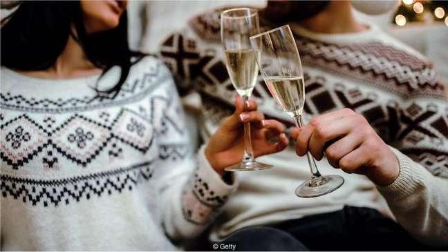 Uma pesquisa nos EUA constatou que quase um terço dos pedidos de casamento acontece na véspera de Natal