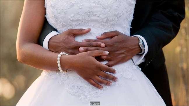 Um casamento mais barato pode significar um casamento mais duradouro
