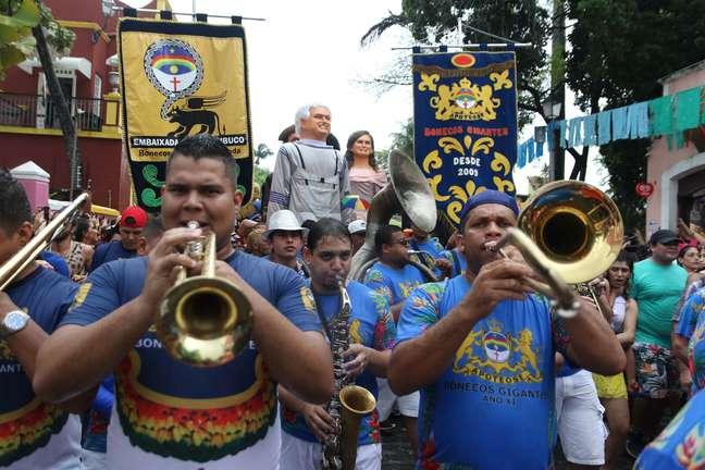O tradicional desfile dos bonecos gigantes do Carnaval de Pernambuco