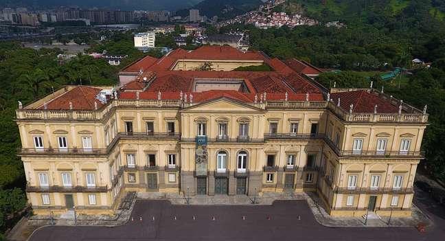 Vista aérea do Palácio de São Cristóvão, prédio onde hoje funciona o Museu Nacional/UFRJ, antes do incêndio