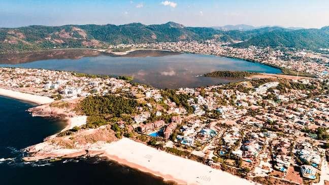 Casos foram registrados em Niterói; cidade fica na região metropolitana, mas tem áreas de mata